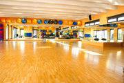 Kursräume bei Reha-Fitness Sporbeck in Kirchzarten: Pilates, Yoga, Wirbelsäulengymnastik, Step Aerobic, TosoX, Spinning, Team Rowing, uvm.
